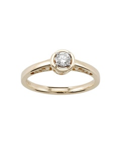 Anillo de Compromiso Solitario de Oro Amarillo con 20 Puntos de Diamante