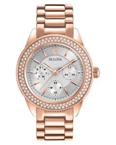 Reloj Bulova con Cristales Swarovski para Dama.