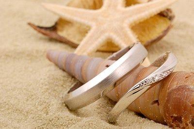 Argollas de matrimonio en playa